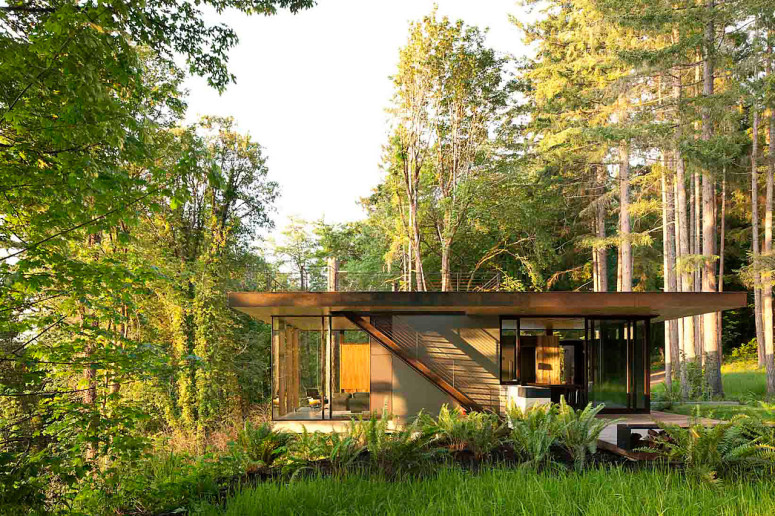 Small Vacation House MW Works Architecture+Design