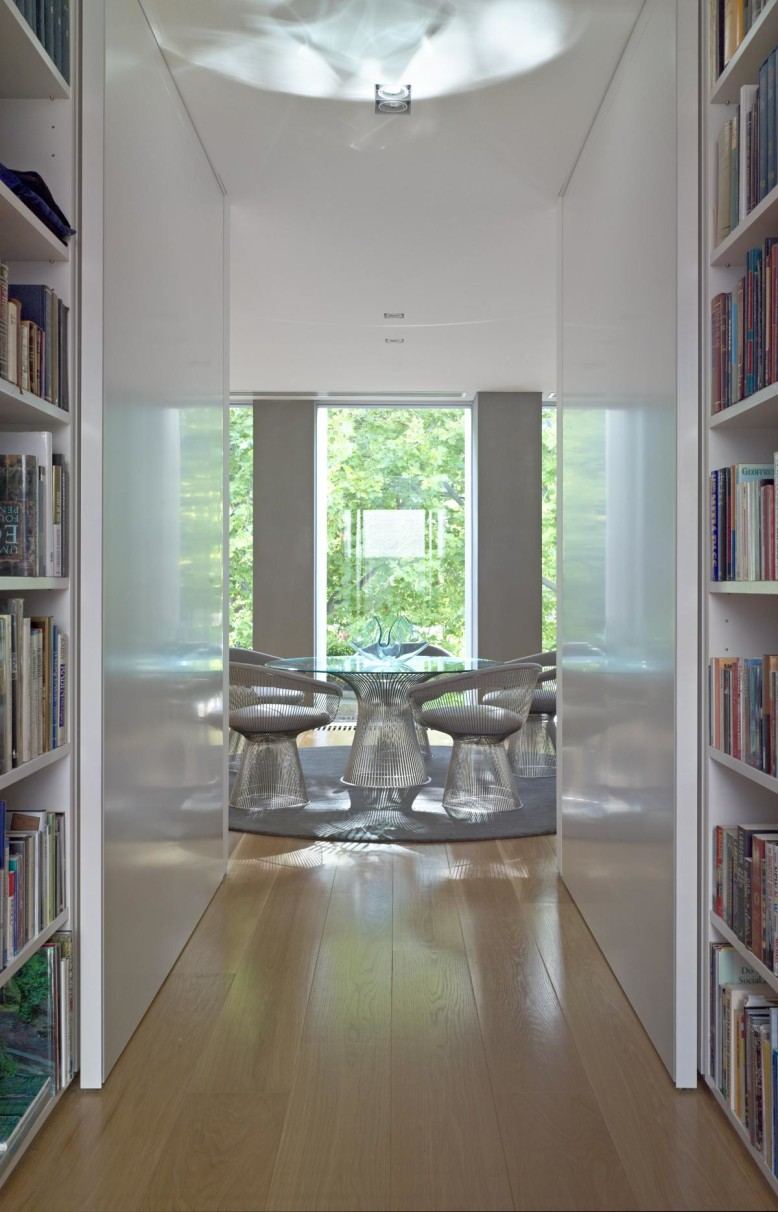 Modern Residence by Jolson Architecture