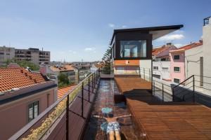 House In Travessa De Patrocinio by Tiago Rebelo De Andrade