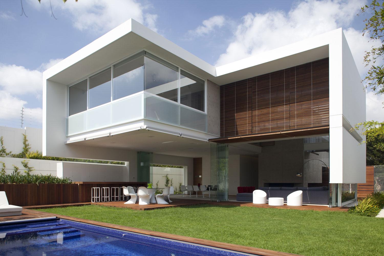 Ff house by hernandez silva arquitectos homedezen for Case moderne design