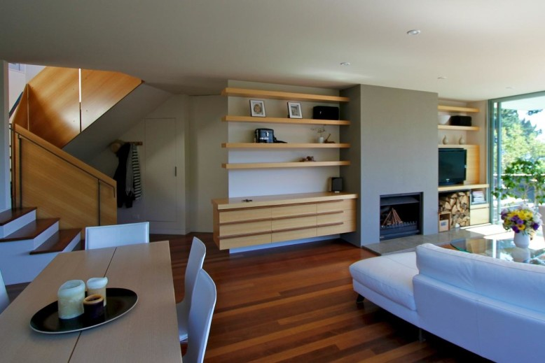 Contemporary House by Parsonson Architects