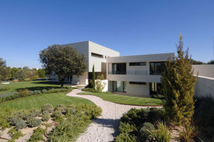 House in Madrid by A-cero