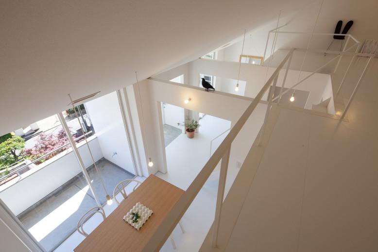 House in Takamatsu by Yasunari Tsukada Design