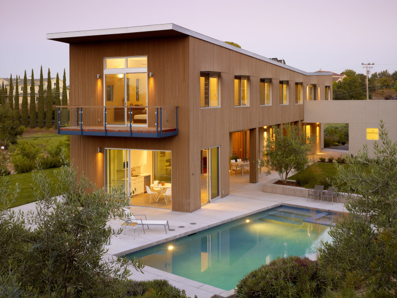 Los Altos Hills Residence by CCS Architecture