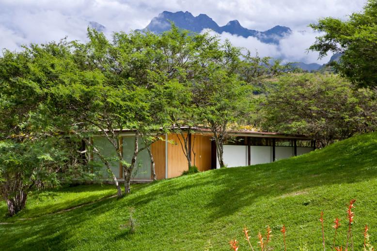 Los Faiques Dwellings by DURAN & HERMIDA Arquitectos Asociados