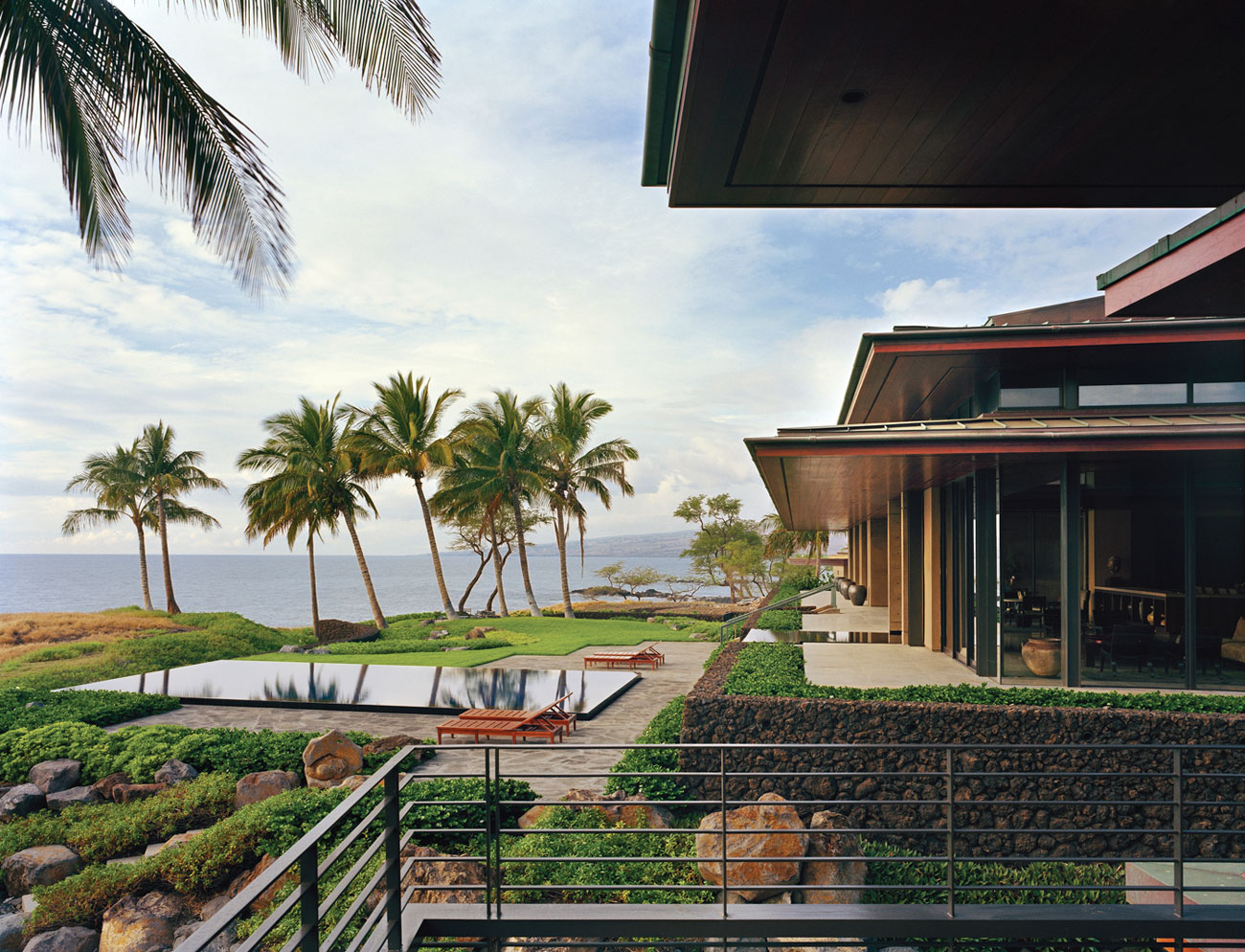 Ocean House In Hawaii By Olson Kundig Architects Homedezen