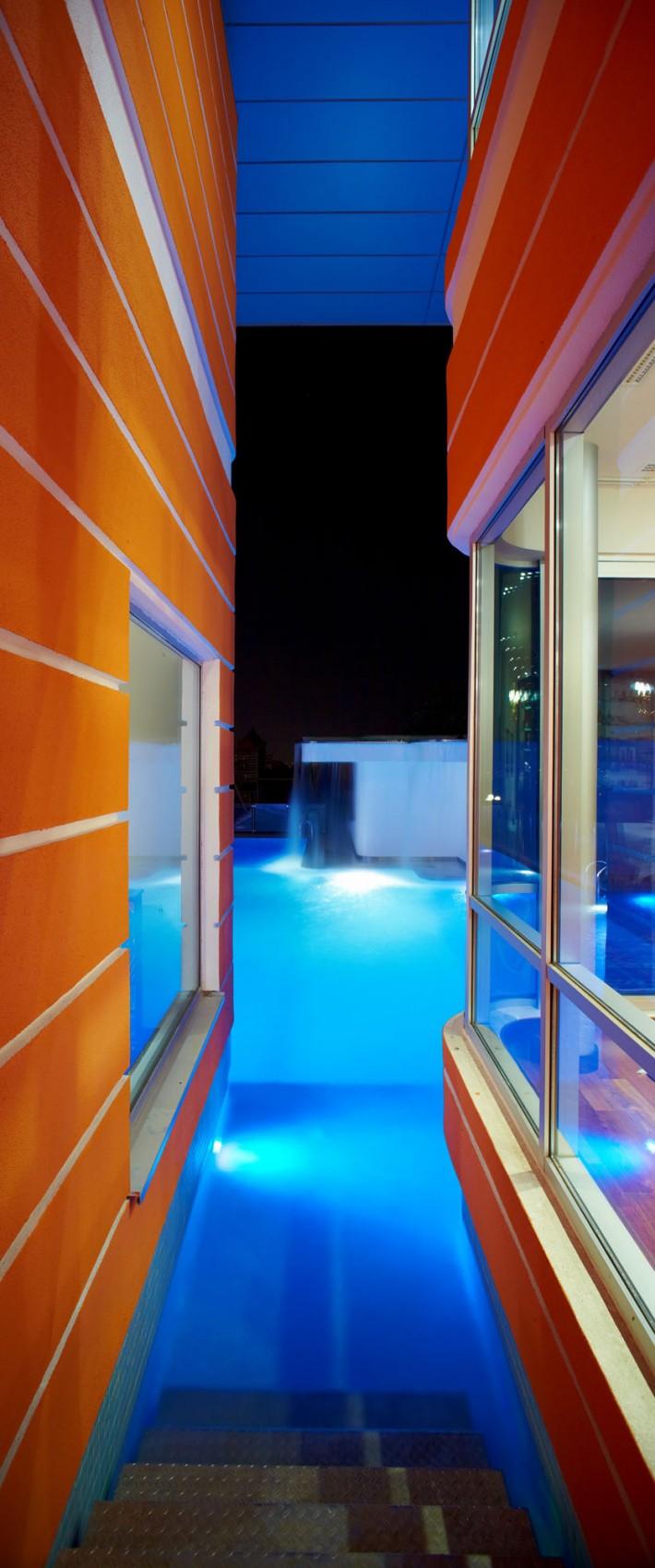 Orange House by Yazgan Design Architecture