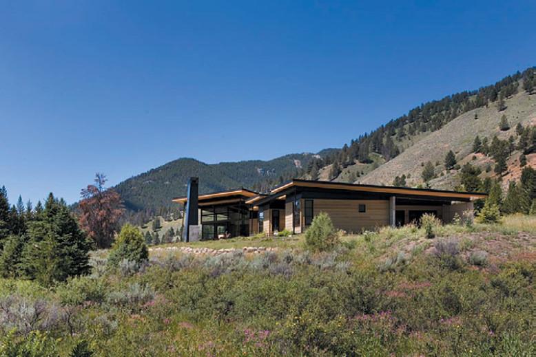 3,400 square foot contemporary home