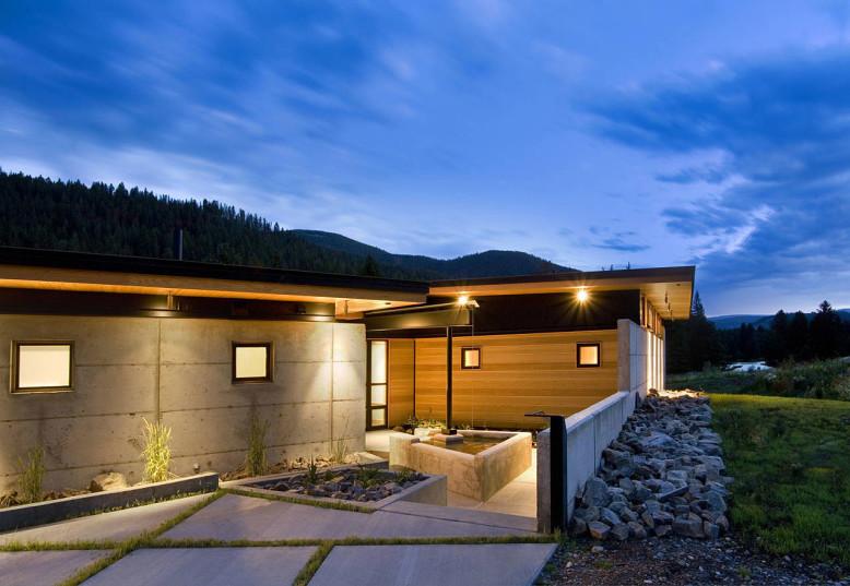 3,400 square foot contemporary home3,400 square foot contemporary home
