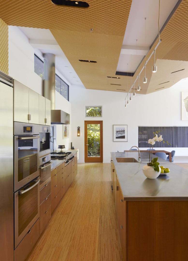 contemporary single floor house