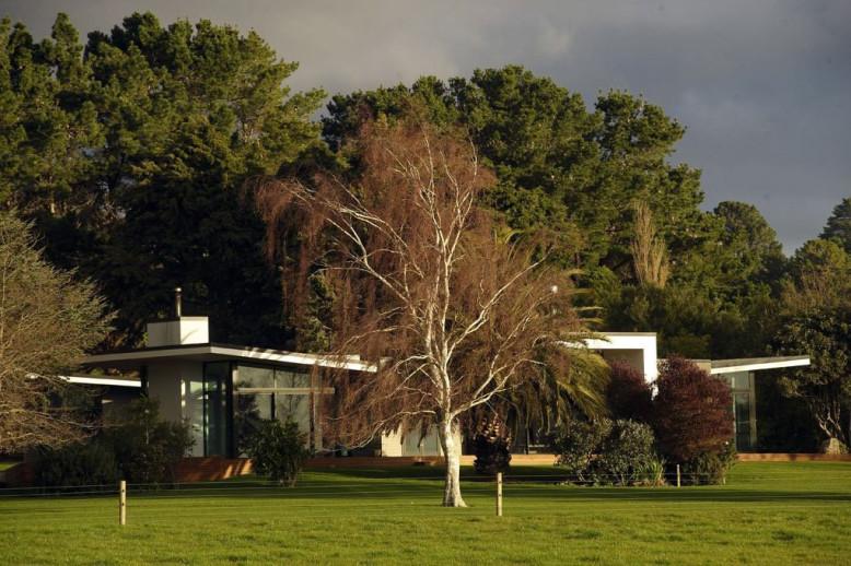 Rotopai Residence by Studio MWA