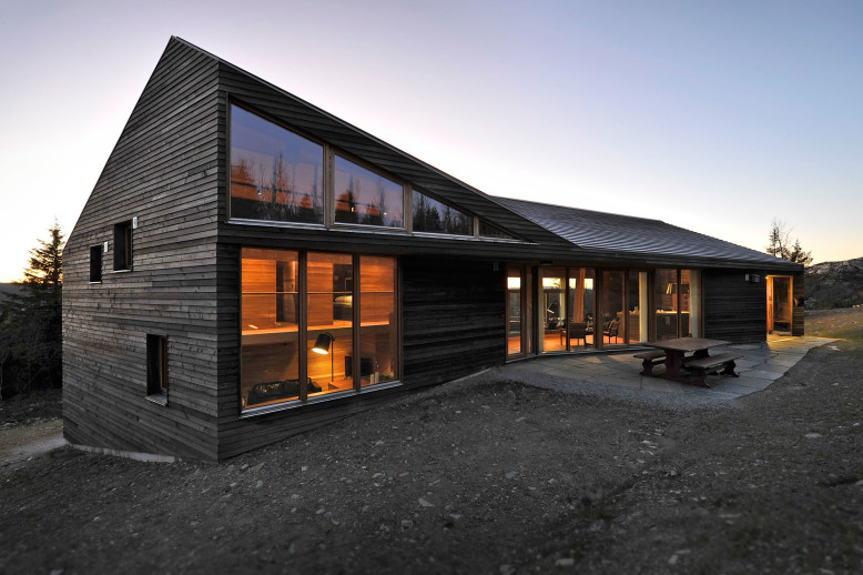 3,875 square foot modern cabin in Norway