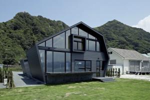 Villa SSK by Takeshi Hirobe Architects