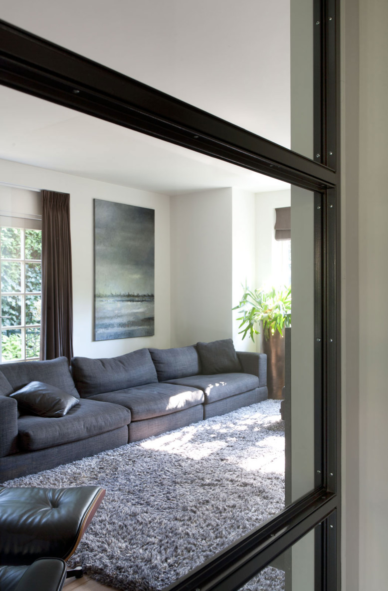 elegant house located in 'het Gooi,' the Netherlands