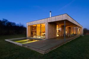Weekend House by Marketa Cajthamlova