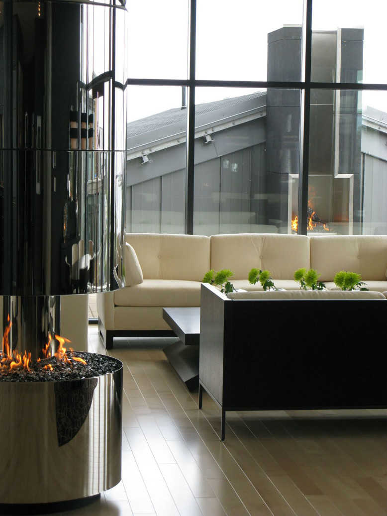 Penthouse in British Columbia by Smith Designs