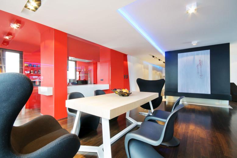 Elegant interior by HOLA Design