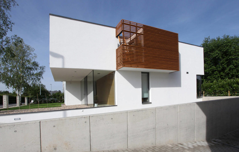 House THE by N-lab Architects