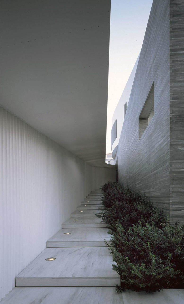 Psychiko House by Divercity Architects