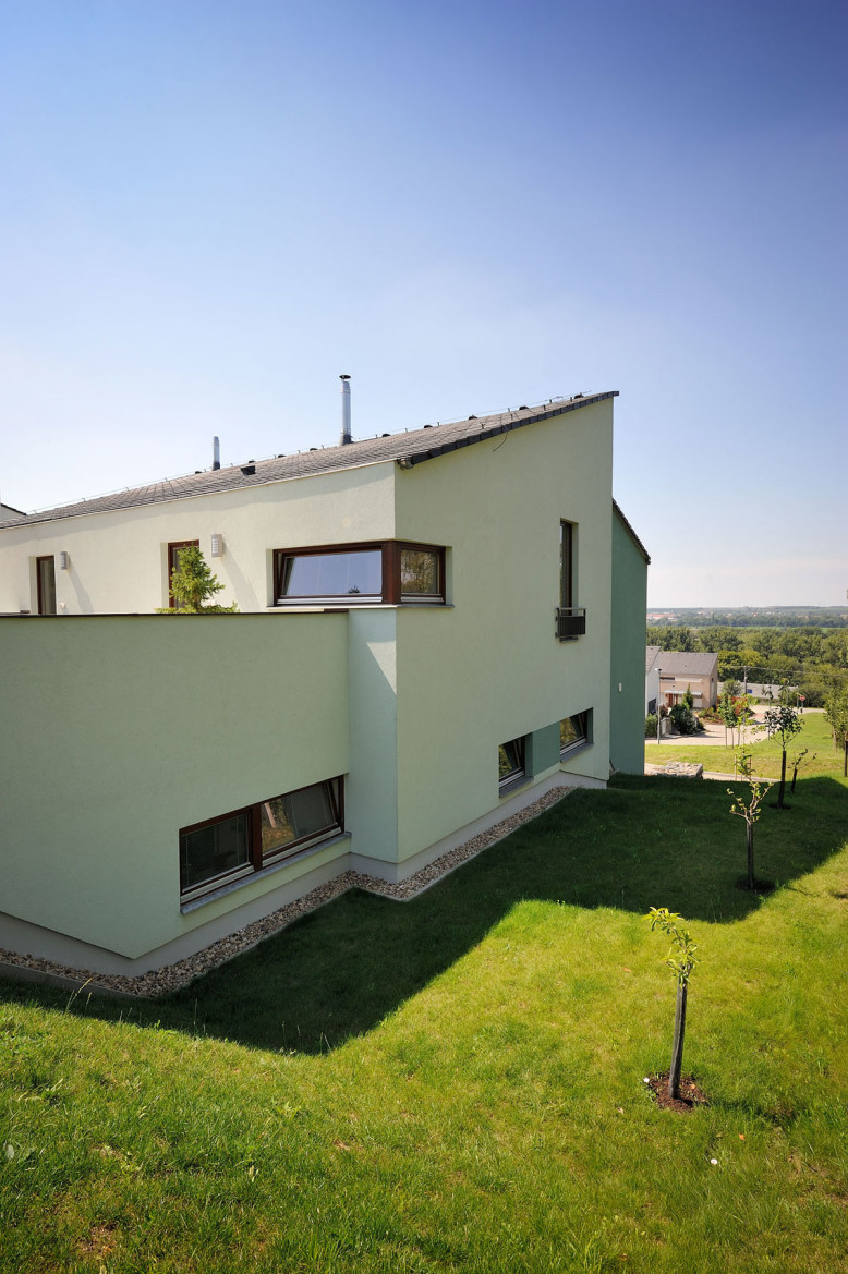 Contemporary villa in Czech Republic
