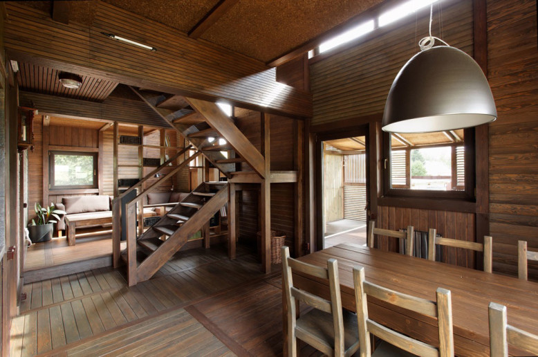 Three level modern cottage in Russia