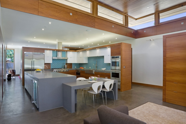 Stylish House by William Duff Architects
