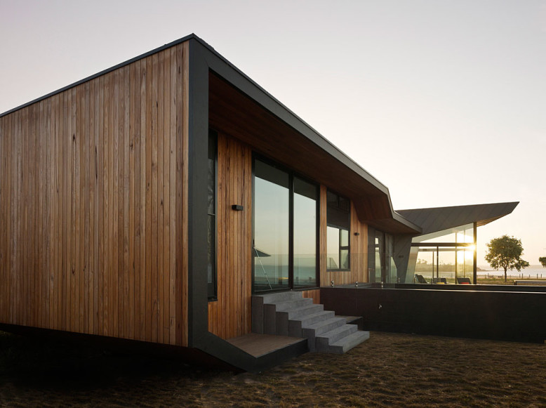 Beached House by BKK Architects