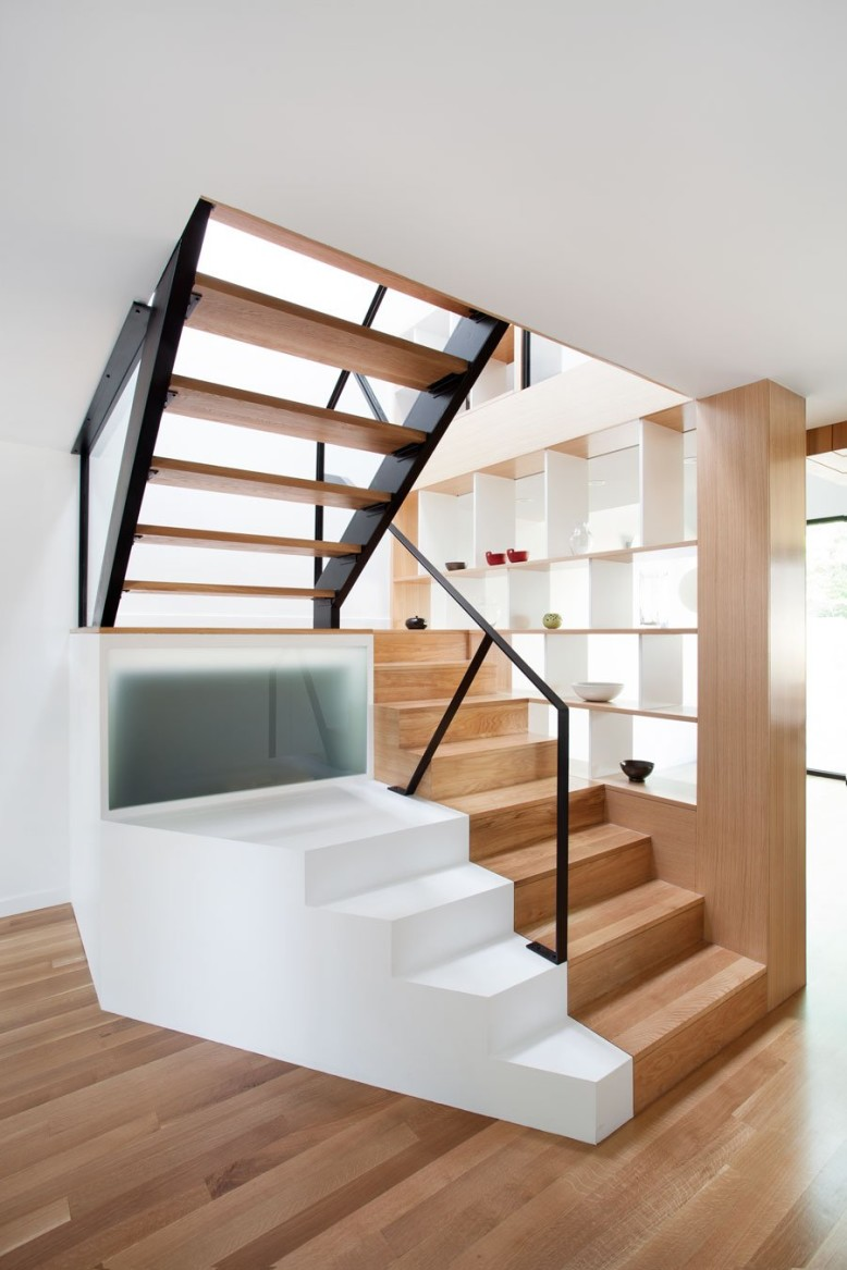 Modern house in Montréal by naturehumaine