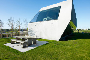 House SODAE by VMX Architects