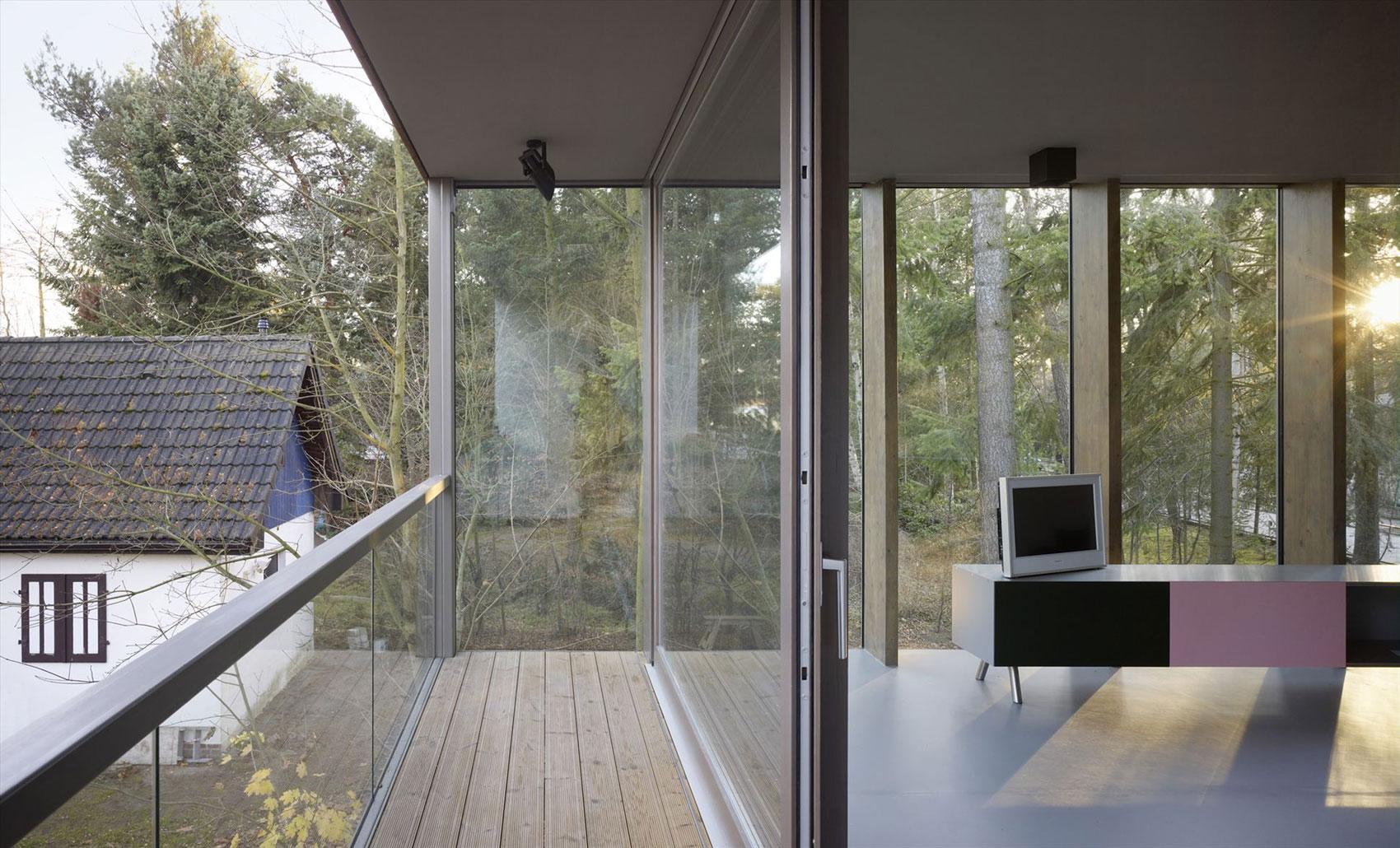minimum house by scheidt kasprusch architekten homedezen. Black Bedroom Furniture Sets. Home Design Ideas