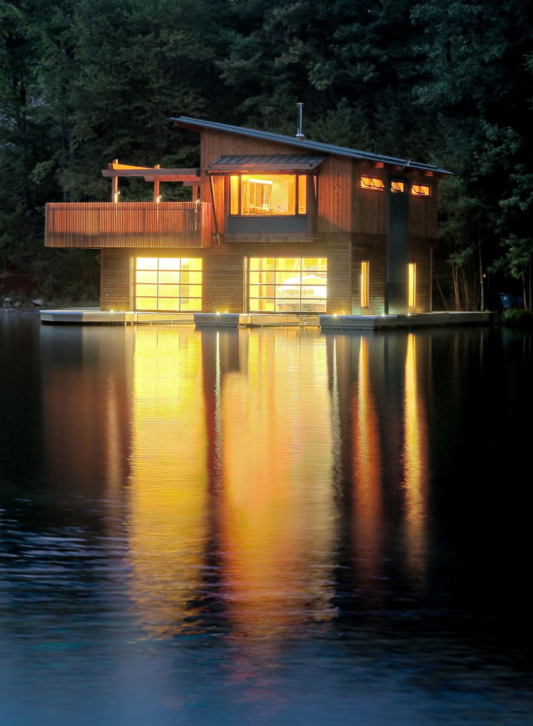 Rebuilt boathouse by Christopher Simmonds Architect