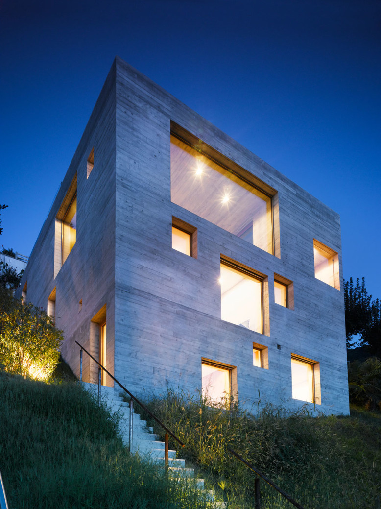 1,593 square foot modern home