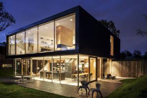 Villa V by Paul de Ruiter Architects