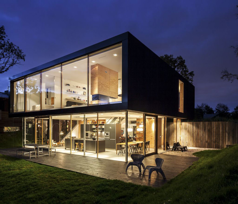 5,264 square foot modern villa in The Netherlands
