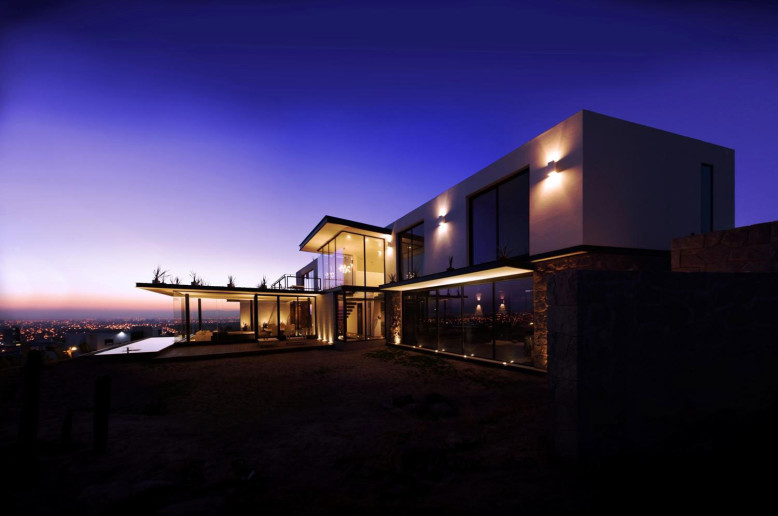 Modern House by Broissin Architects