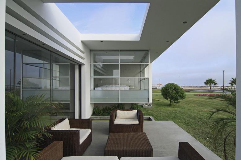 Casa Spa by Gomez de la Torre & Guerrero Arquitectos