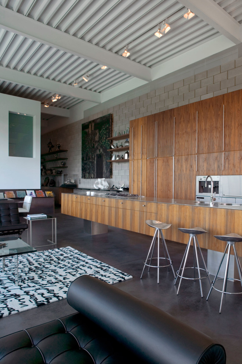 Field House by Wendell Burnette Architects