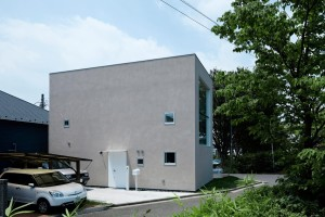 House in Hiyoshi by EANA