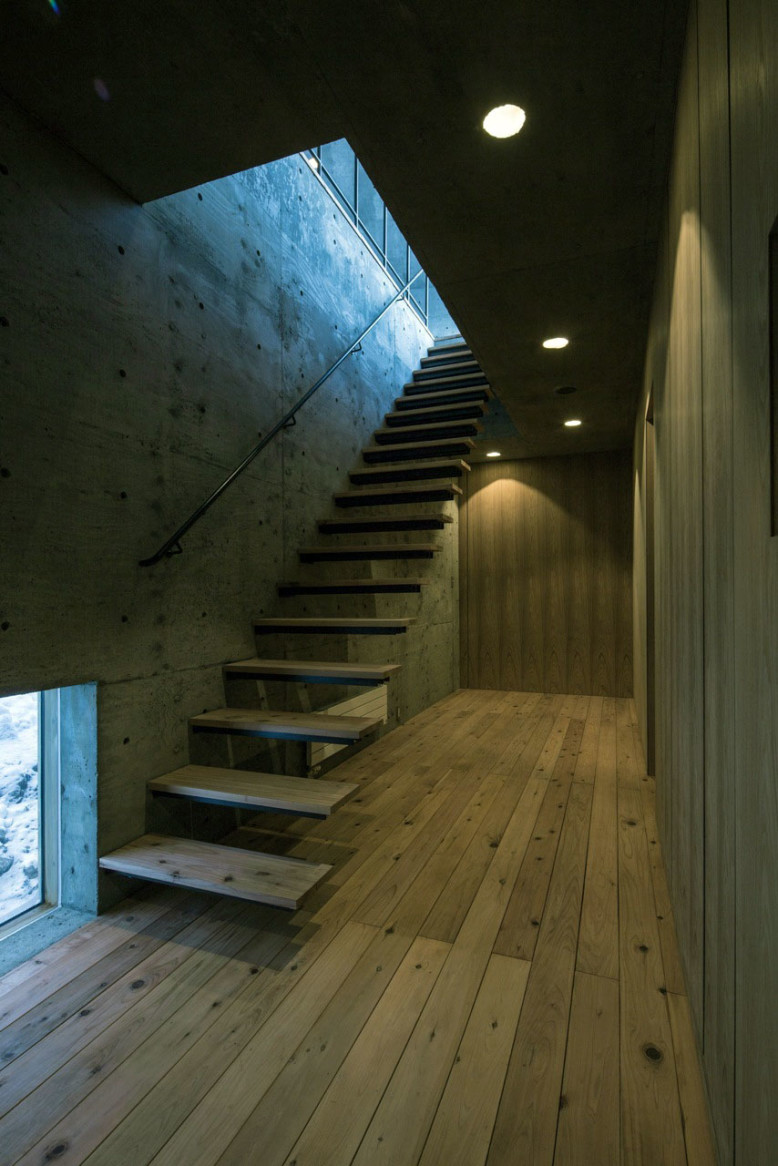 L House by Florian Busch Architects