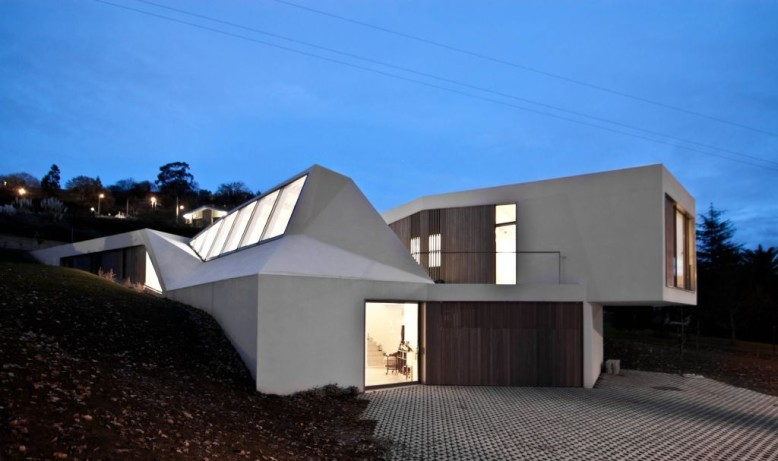 Modern House & Atelier by F451 Arquitectura