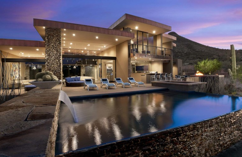 6,300 square foot luxury house