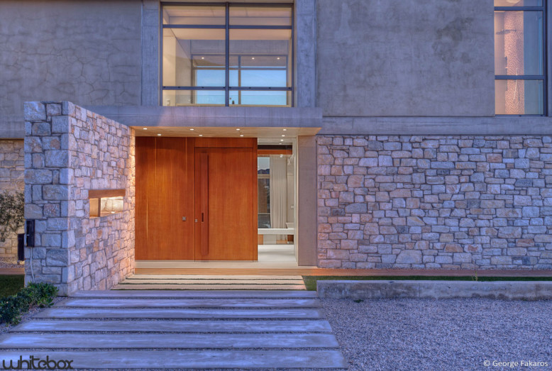 Residence for a family of four in Greece