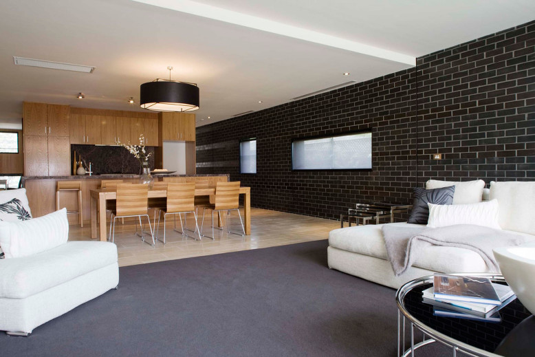 Twofold House by BKK Architects