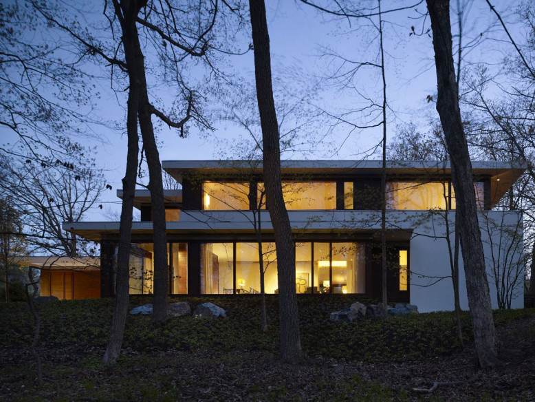 Contemporary Residence by Robbins Architecture