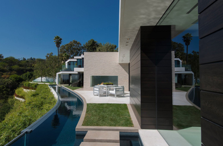 Laurel Way by Whipple Russell Architects