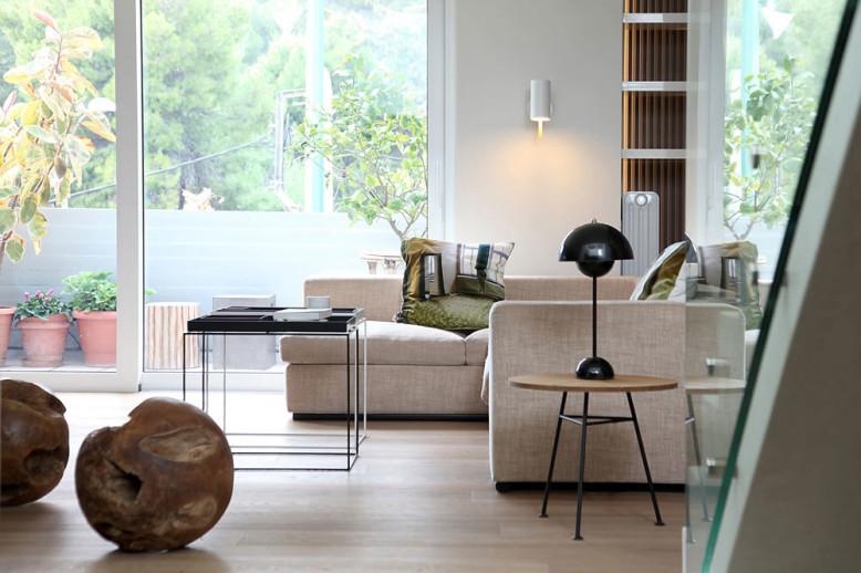 Lycabettus Penthouse by Esé studio