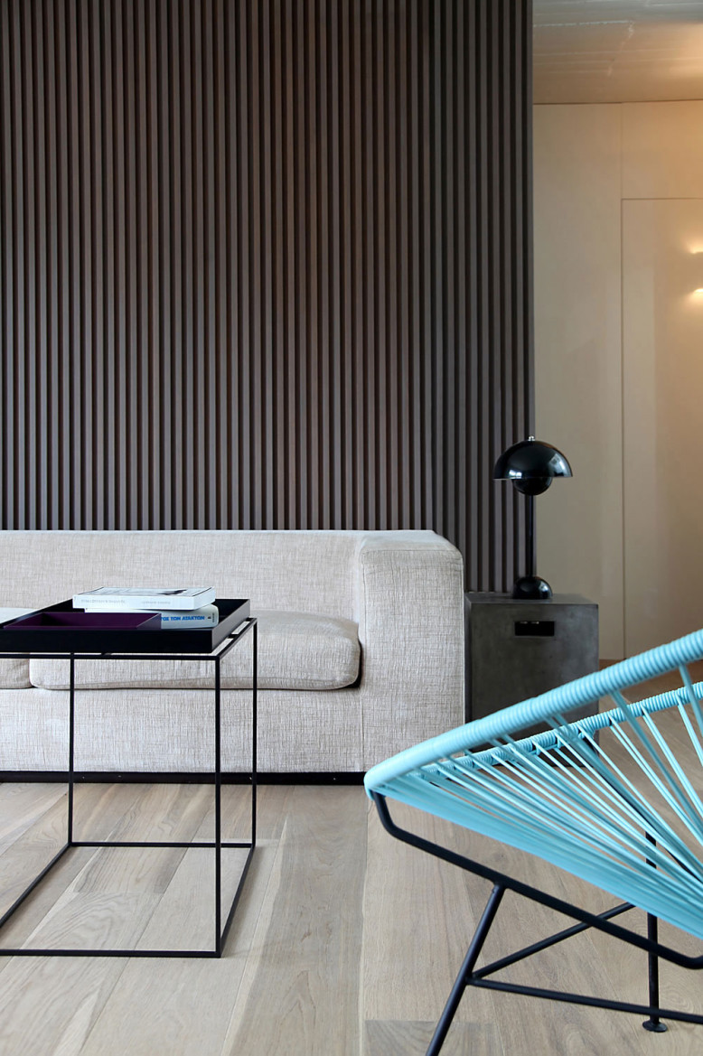 Contemporary Apartment by Esé studio