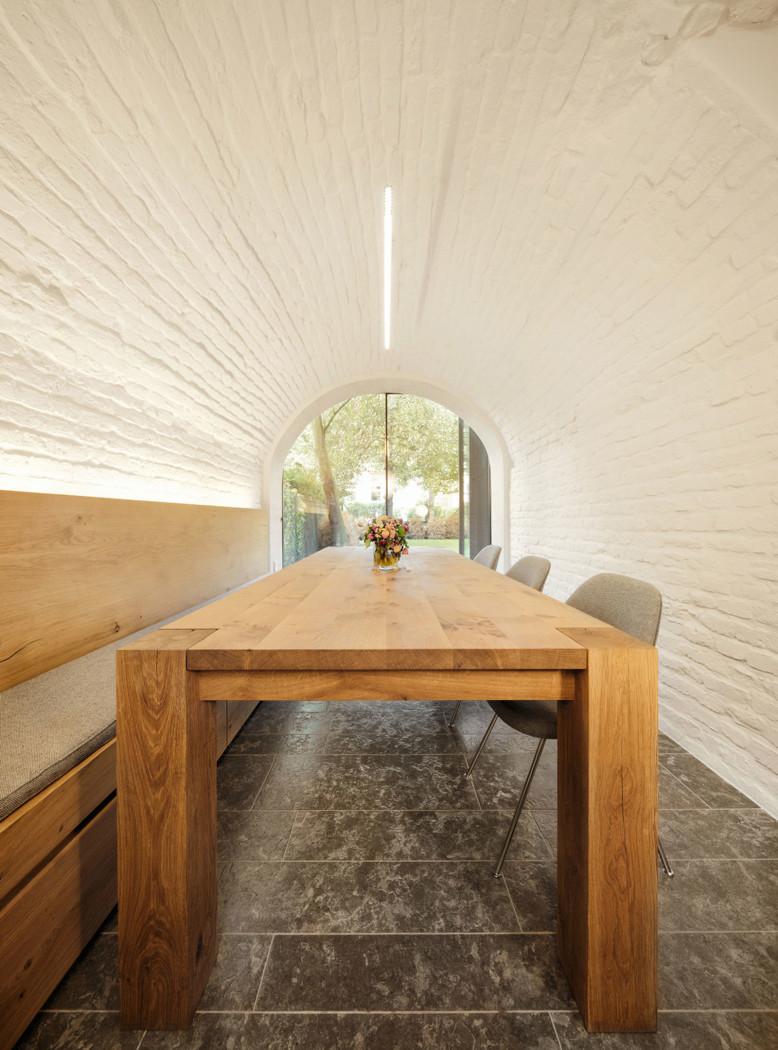 Pünktchen by Güth & Braun Architekten + DYNAMO Studio