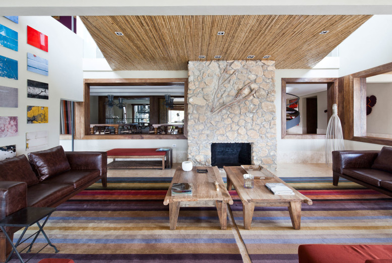 Contemporary House by Galeazzo Design