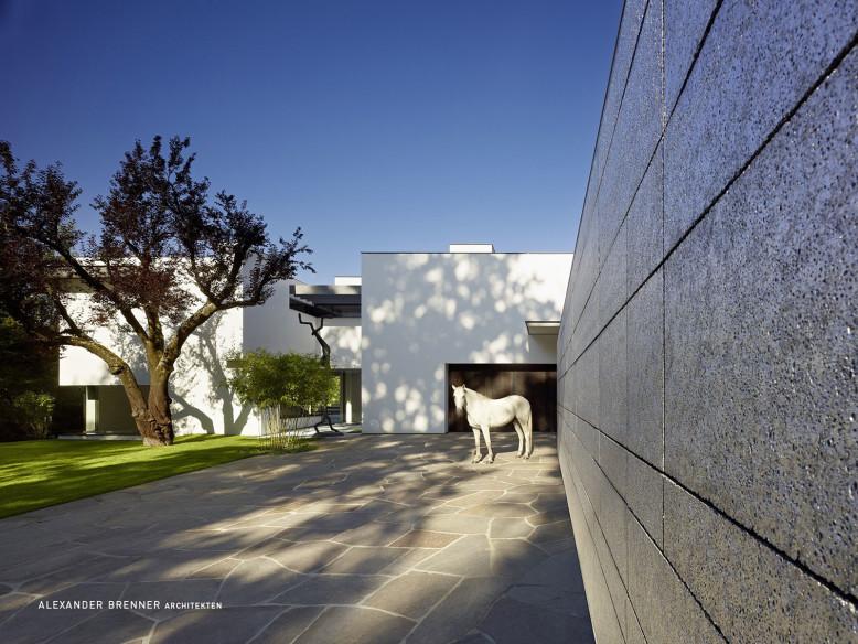 SU House by Alexander Brenner Architekten